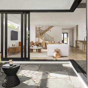 modern-house-design-4C5Y5TM-min