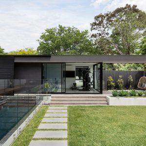 modern-house-exterior-GF59AUJ-min